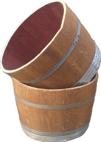 07.052 Halve wijnvat